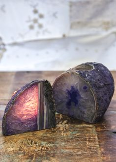 This stunning Agate geode candle holder comes with one tea light. When the candle is lit, this gorgeous crystal glows with such an ethereal and romantic light.