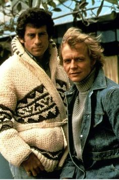 40 years on and I still felt like a teenager when I met Paul Michael Glaser (Starskey) - Lovely Man.STARSKY and Hutch CARDIGAN sweater TV series by CampKitschyKnits. Paul Michael Glaser, Tv Vintage, Vintage Cars, 1970s Childhood, Childhood Memories, Movies And Series, Tv Series, Serie Tv, Mejores Series Tv