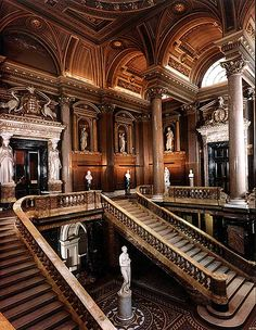 The Fitzwilliam Museum entrance. Beautiful colours and architecture. ♒ www.pinterest.com/WhoLoves/Beautiful-Buildings ♒  #Architecture