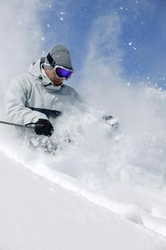 Love this skiing action shot, Just makes me want to go someplace cold right now!