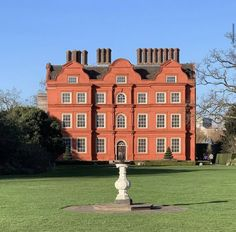 Country Estate, Country Homes, Dutch House, British Country, Glorious Days, Luxury Estate, Days Of The Year, 17th Century, England