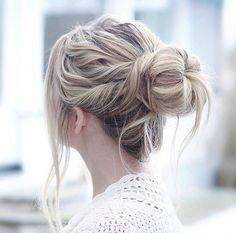 5 Pretty and Practical Travel Hairstyles Travel Hairstyles, Workout Hairstyles, Pretty Hairstyles, Easy Hairstyles, Easy Everyday Hairstyles, Hair Art, Gorgeous Hair, Hair Goals, Her Hair