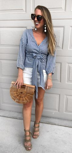 #summer #outfits  My Favorite Striped Top Right Now...a Big Bow Always Gets Me! 🎀 Wore This On Friday For A Double Date Night & Will Be Wearing It All Summer! We've Been Poolside The Entire Day...hope You're Sunday Has Been Great!!!