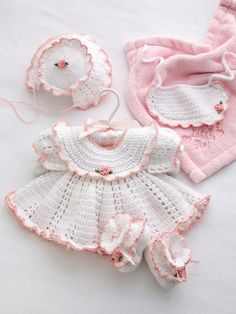Ella Rose Set What a stunning crochet baby set :-) Beau Crochet, Baby Girl Crochet, Crochet Baby Clothes, Crochet For Kids, Knit Crochet, Booties Crochet, Crochet Children, Crochet Books, Baby Booties