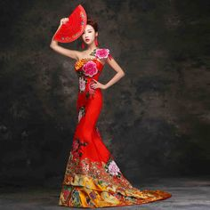 Corset closure appliquéd floral one shoulder red and gold trailing wedding gown   Red Chinese Dress