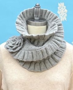 Ruched Cowl Knitting Pattern : cuello Tejido on Pinterest Cowls, Neck Warmer and Crochet Cowls