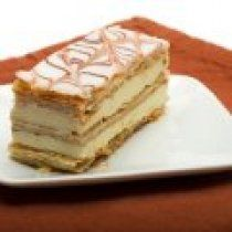 Use this easy pastry cream recipe as a filling for all sorts of French pastries, tarts and desserts. Includes vanilla, chocolate, citrus, and more flavors. French Desserts, Köstliche Desserts, Delicious Desserts, French Food, French Cake, French Recipes, Plated Desserts, Pastry Recipes, Cake Recipes