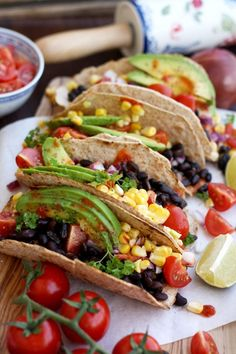 Healthy and delicious easy vegan tacos recipe. Satisfying, delicious, quick tacos, loaded with healthy fillings that you can easily customize. Let's face it, sometimes we just don't want to cook but want Vegan Recipes Beginner, Vegan Recipes Videos, Vegan Dinner Recipes, Mexican Food Recipes, Whole Food Recipes, Vegetarian Recipes, Healthy Recipes, Easy Recipes, Snacks Recipes