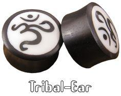 piercing plugs om plug buffalo horn Tribal-Ear body ethnic de la boutique TribalEar sur Etsy