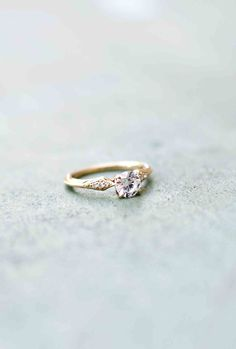 Wilson Diamonds: Ring Style Number R5527E #vintagering #yellowgold