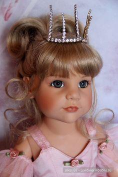 Doll Fancy Dress, Gotz Dolls, Doll Face, Vintage Dolls, Beautiful Dolls, Flower Girl Dresses, Wedding Dresses, Cute, Fashion