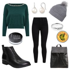 Wollmütze mit Bommel - #ootd #outfit #fashion #oneoutfitperday #fashionblogger #fashionbloggerde #frauenoutfit #herbstoutfit - Frauen Outfit Herbst Outfit Outfit des Tages Winter Outfit Bommel Boots Burts Bees Catrice Cream ESPRIT Jeans Kiomi Levi's Mustang Ohrringe ONLY Schwarz Silber Skinny Strickpullover Tagesrucksack Thomas Sabo weiss Wollmütze Woolrich