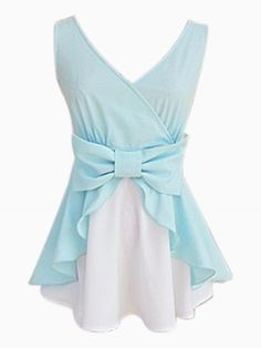 V-neck Sleeveless Shirt With Bow Tie. If Elven woman could be real I'm sure they would wear shirts like this one. Latest Street Fashion, Latest Fashion For Women, Womens Fashion, Fashion Trends, Indian Blouse Designs, Schneider, Pregnancy Shirts, Fashion Sewing, Mode Style
