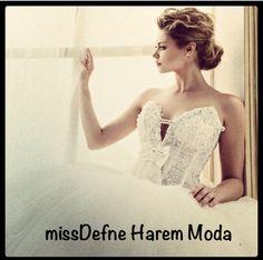 Exclusieve Bruidsjurken  missDefne Harem Moda Hilversum Centrum NIEUWJAARSACTIE  Gelinlik Hollanda  YENI YIL KAMPANYA missDefne Harem Moda #bruidsjurken #jurken #bruidsmode #mode #fashion #bruid #trouwen #trouwfeest #trouwerij #bruid #gelinlik #hollanda #missdefneharemmoda #missdefne #harem #haremmoda #gelin #dugun #gelinlikci #love #weddingdresses #wedding #bridal #dresses
