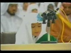 A child (Kid) Reciting Holy Quran (Koran) in an incredible Amazing Beautiful and heart touching God Gifted Voice with great grace. emotional Qirat e Quran of. Video Islam, Islam Women, Quran Recitation, Islamic Information, Islamic Images, Holy Quran, Quran Tilawat, Coran, Hadith