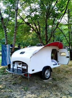 Teardrop trailer with small kitchen