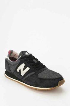reputable site c7198 be277 New Balance 420 Classic Running Sneaker - Urban Outfitters Chaussures Femme,  Rien, Nouvel Équilibre