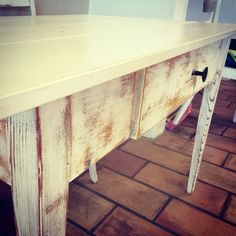 #shabbychic #shabby #chic #shabbychicfurnitures #white #table #countrystyle Country Style, Entryway Tables, Shabby Chic, Furniture, Home Decor, Homemade Home Decor, Home Furnishings, Interior Design, Home Interiors