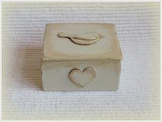 BEIGE BIRDIE  medium decorative / jewellery / by gregolino on Etsy, €21.80
