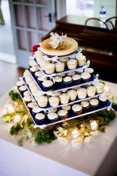 Cheesecake and Cupcakes - Simply Blue Weddings. Must have cheesecake at wedding!