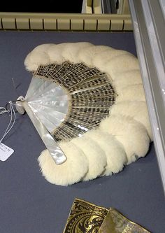 1920s swan feather and mother-of-pearl fan