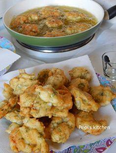 Greek Cooking, Tasty, Yummy Food, Fish Dishes, Greek Recipes, Fish And Seafood, Potato Salad, Cauliflower, Shrimp