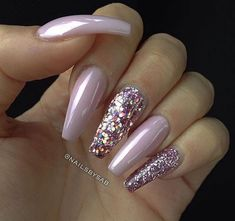 Nail Art Design And Ideas have a wide range of options to choose from. Nowadays, the teenage girls are more versatile in adapting the latest fashion trends than the young women. The easy Nail Art for Teen ages girl are enormously sought after by the young girls throughout the year. Here are some of the samples of cute nail art design for teens. #cutehairstylesforteenagegirl #cutenaildesigns