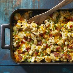 You'll never want to eat roasted cauliflower any other way once you try this tasty recipe. Bacon, sour cream and sharp Cheddar cheese coat good-for-you cauliflower in deliciousness for an easy side … Loaded Cauliflower Casserole, Cauliflower Recipes, Vegetable Recipes, Roasted Cauliflower, Cauliflower Bites, Keto Recipes, Cooking Recipes, Healthy Recipes, Easy Cooking