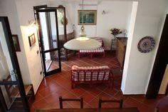 Villa Aurora- Auf 2 Ebenen, wenige Meter von der wunderschönen Geremeas-Bucht entfernt.   #Sardinien #Geremea #Sardegna