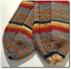 Sock alphabet - W for . - dog-made Sock alphabet - W for . - dog-made Record of Knitting Wool rotating, weaving and sewing jobs such as BC. Easy Knitting, Knitting Stitches, Knitting Socks, Knitted Hats, Knitting Patterns, Start Knitting, Debbie Macomber, Knitting For Beginners, Mittens