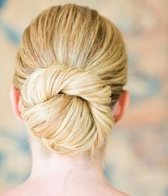 Easy Bun Updos for Bridesmaids