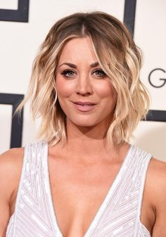 Best Grammy's Hair & Makeup 2016: Kaley Cuoco's medium brown-to-platinum ombré is pretty much perfect.
