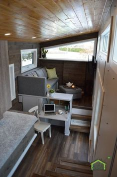 The Pursuit: a beautiful cedar Canadian-made tiny house from Nielsen Tiny Homes.