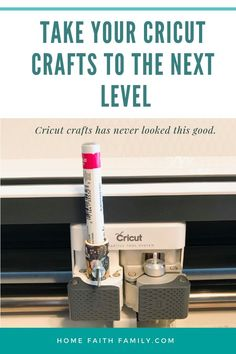 Want to learn how you can use any standard sized pen on your Cricut machine? I'll show you. Cricut Air 2, Cricut Help, Cricut Craft, Wine Bottle Crafts, Mason Jar Crafts, Thing 1, Cricut Tutorials, Cricut Ideas, Maker