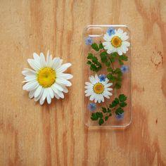 Pressed flower iPhone cases