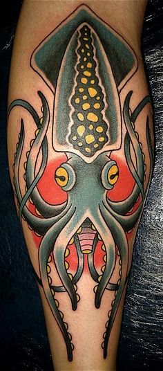 tattoo old school / traditional nautic ink - squid