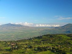 Great Rift Valley- Nairobi, Kenya    Would love to visit for the scenery and the paleoanthropology / archaeology