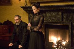 "Eva Green Dissects Her Enigmatic ""Penny Dreadful"" Character"