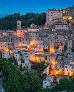Sorano, Province of Grosseto, Tuscany, Italy. Sorrento Italy, Naples Italy, Sicily Italy, Toscana Italy, Tuscany, Italy Vacation, Italy Travel, Road Trip Europe, Capri Italy