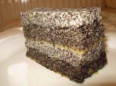 Toto sú totálne makové rezy pre makoholikov. Makový korpus bez múky v spojení s makovou plnkou je skutočne fantastický. Môžete piecť v okrúhlej forme makovú tortu, alebo na menšom plechu makové rezy. Pie Recipes, Sweet Recipes, Cooking Recipes, Oreo Cupcakes, Cupcake Cakes, Czech Recipes, Serbian Recipes, Gluten Free Cakes, Something Sweet