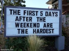 Random Humor : 35 Funny Pics and Memes ~ Funny Signs First 5 days after the weekend, marquee Okay, funny girls and boys! Time to once again laugh it up with more random wack-o oddball humor that's stranger than a box full of weasels. Put a kick in Work Memes, Work Humor, Work Puns, Work Funnies, Sarcastic Humor, Funny Jokes, Memes Humor, Sarcastic Sentence, Funny Logic