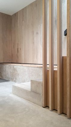 Interior Design & Ideas for your Home Rylett Crescent – McLaren. Interior Stairs, Interior Exterior, Interior Design Inspiration, Home Interior Design, Architecture Details, Interior Architecture, Stair Detail, Concrete Wood, Concrete Stairs