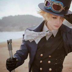 Anime- One Piece Guy- Sabo | Wow he is cosplaying Sabo really well!