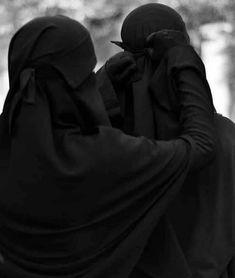 Arab Girls Hijab, Muslim Girls, Muslim Couples, Hijab Niqab, Mode Hijab, Hijabi Girl, Girl Hijab, Muslim Wedding Dresses, Dress Wedding