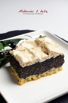 Makowiec z bezą Cake Recipes, Dessert Recipes, Cheesecake, Poppy Seed Cake, Polish Recipes, Christmas Cooking, Cookie Desserts, How To Cook Chicken, Yummy Treats