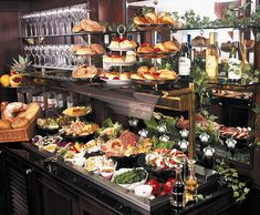 One of the favourite offerings of Hotel 41 is its 'Plunder The Pantry' tradition - a complimentary 24/7 buffet for guests