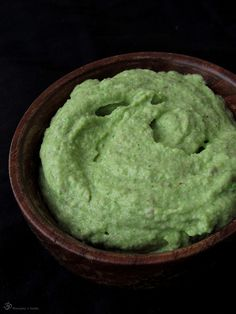 Brokolicove pesto Guacamole, Pesto, Broccoli, Ethnic Recipes, Indie, Food, Essen, Meals, Yemek