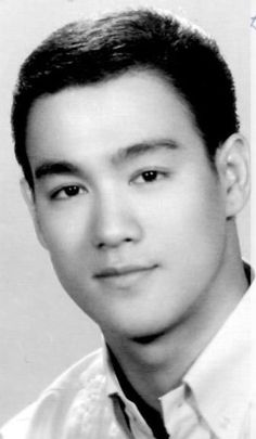 A young, handsome Bruce Lee
