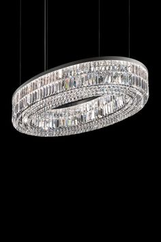Classic chandelier in oval ring, chromed metal and transparent rhombus crystals Murano Glass, Classic Lighting, Wall Lights, Ceiling Lights, Style Classique, Oval Rings, Transparent, Classic Style, Chrome