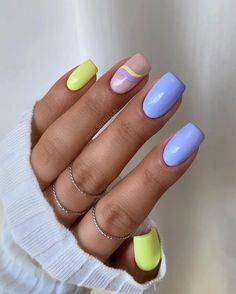 Cute Gel Nails, Chic Nails, Stylish Nails, Trendy Nails, Bright Gel Nails, Bright Summer Nails, Neon Nails, Yellow Nails, Pastel Nails
